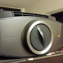 Sony VPL-VW60 Projector