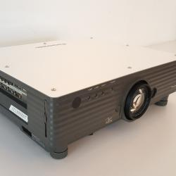 PANASONIC TH-D5500N Projector