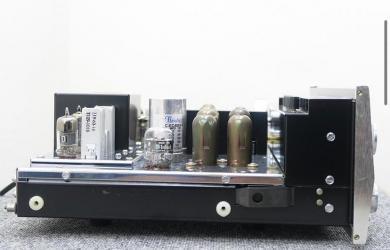 MCINTOSH MX110 TUBE PRE AMPLIFIER